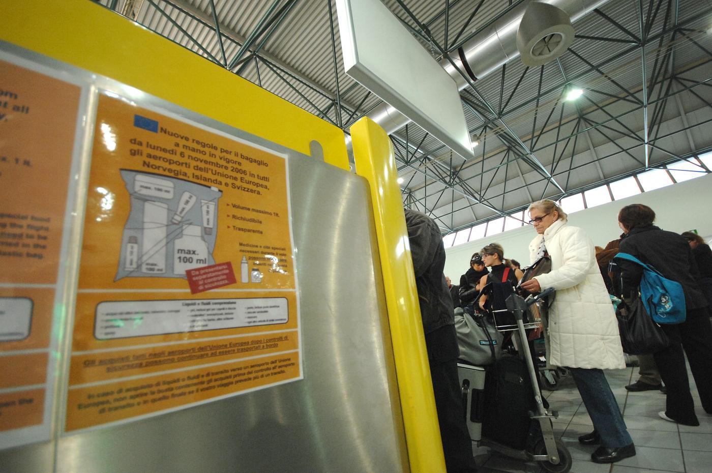 controlli-sicurezza-aeroporto