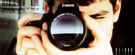 Come tenere una macchina fotografica ed evitare foto mosse